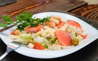 Салат с консервированной форелью
