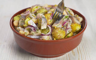 Салат из сельди на зиму