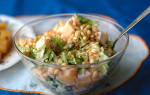 Салат с кедровыми орешками и рыбой